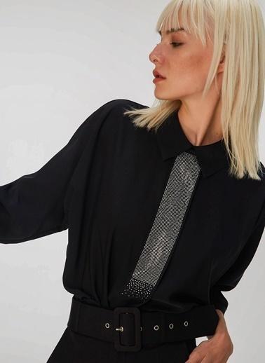 People By Fabrika Taşlı Bluz Siyah